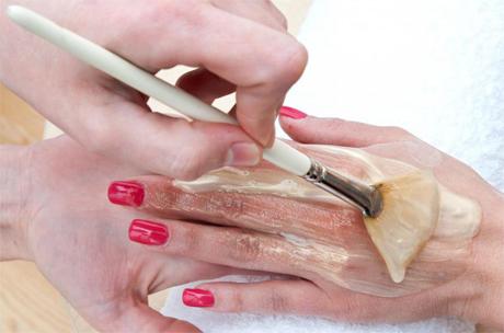 applying-cream-manicure