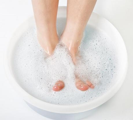soaking-feet