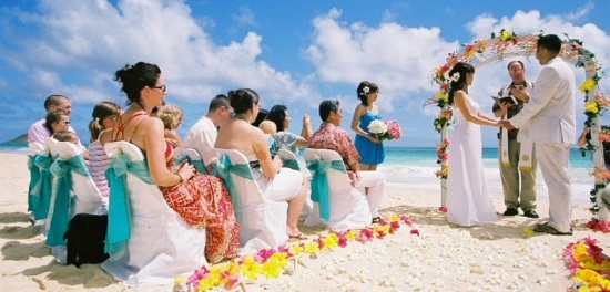 гавайское свадебное платье