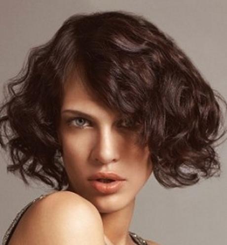 capricorn-women-hairstyle