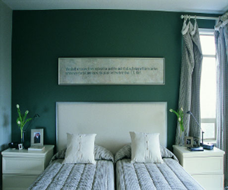 dark-green-bedroom