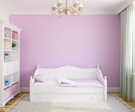 pink-bedroom-with-green-curtains