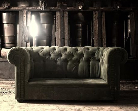 chesterfield-couch