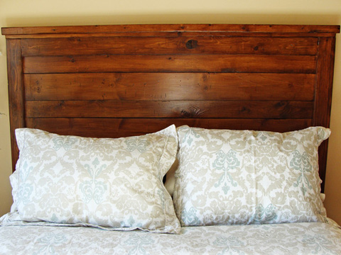 how-build-rustic-wood-headboard