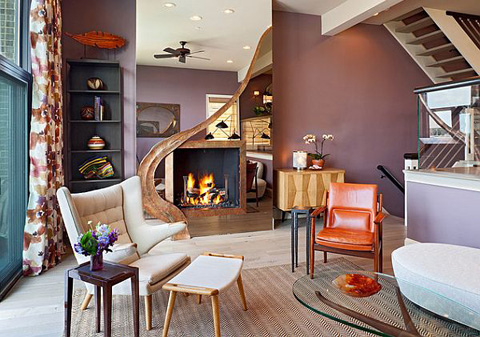 living-room-purple-wall-and-orange-accents