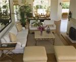 arrange-furniture-in-a-square-space
