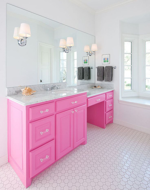 bathroom-bold-pink-furniture