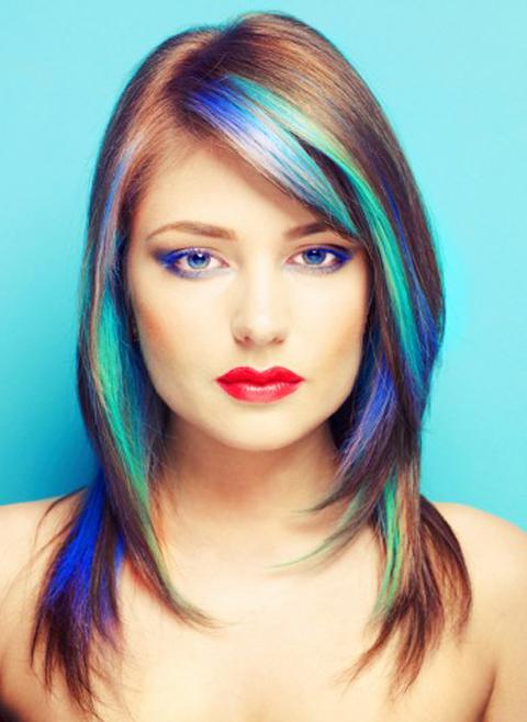 Голубые оттенки для волос