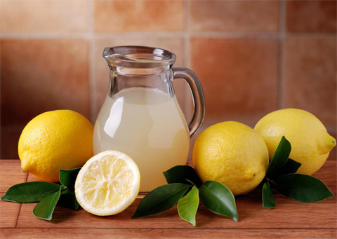 pitcher-of-lemonade-diet