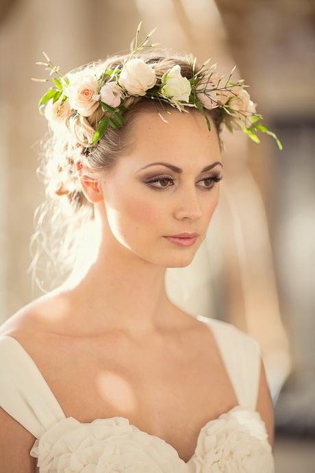 fresh-flower-wedding-hair