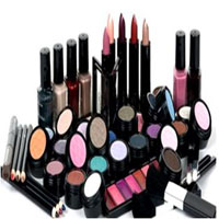 apply-make-up-products