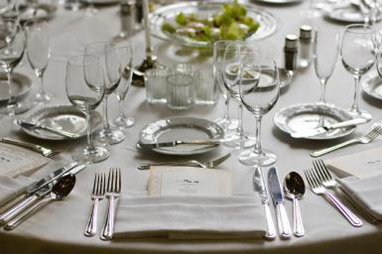 proper-table-setting