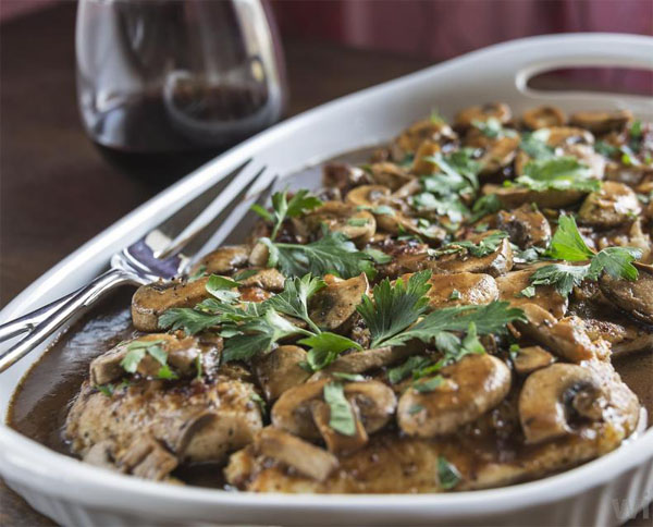 chicken-marsala-made-with-cutlets-wine-and-mushrooms