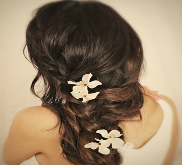 hairstyle-to-prom-curly-prom-twist
