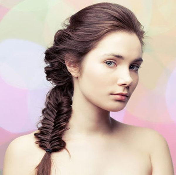 hairstyle-to-prom-herringbone-honey