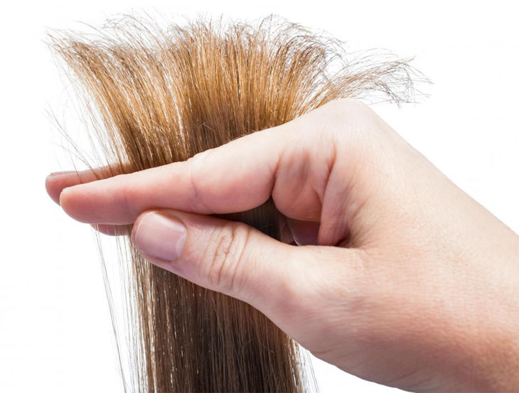 argan-oil-can-protect-hair-from-drying-out-and-becoming-frizzy