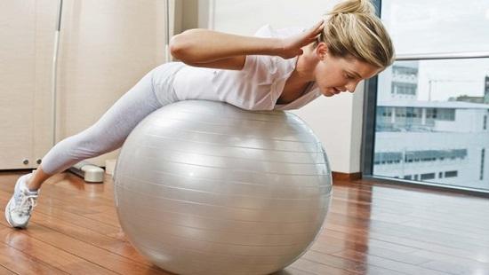упражнения фитбол
