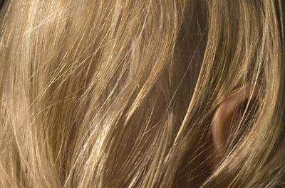 как снять статическое напряжение с волос