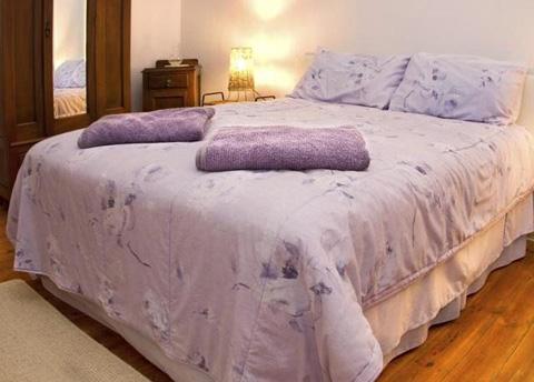 спальня в лавандовом цвете